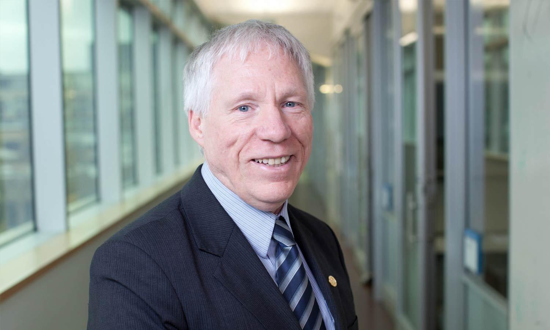 Professor Stephen Lye Ph.D Fraser Mustard Institute for Human Development