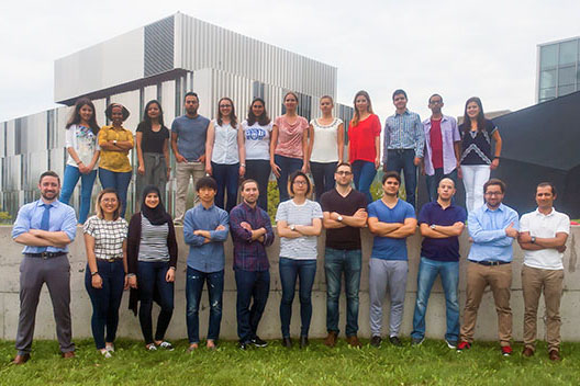 A team photo of the Gunning Group lab.