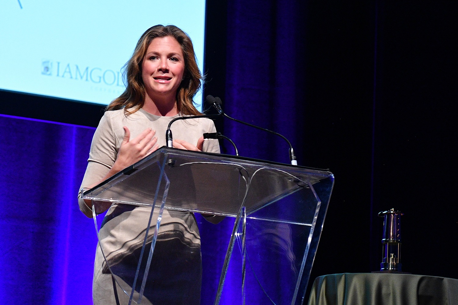 Miner's Lamp Award dinner raises $600,000 for mental health research