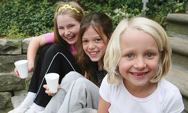 Holly, Zöe & Katia